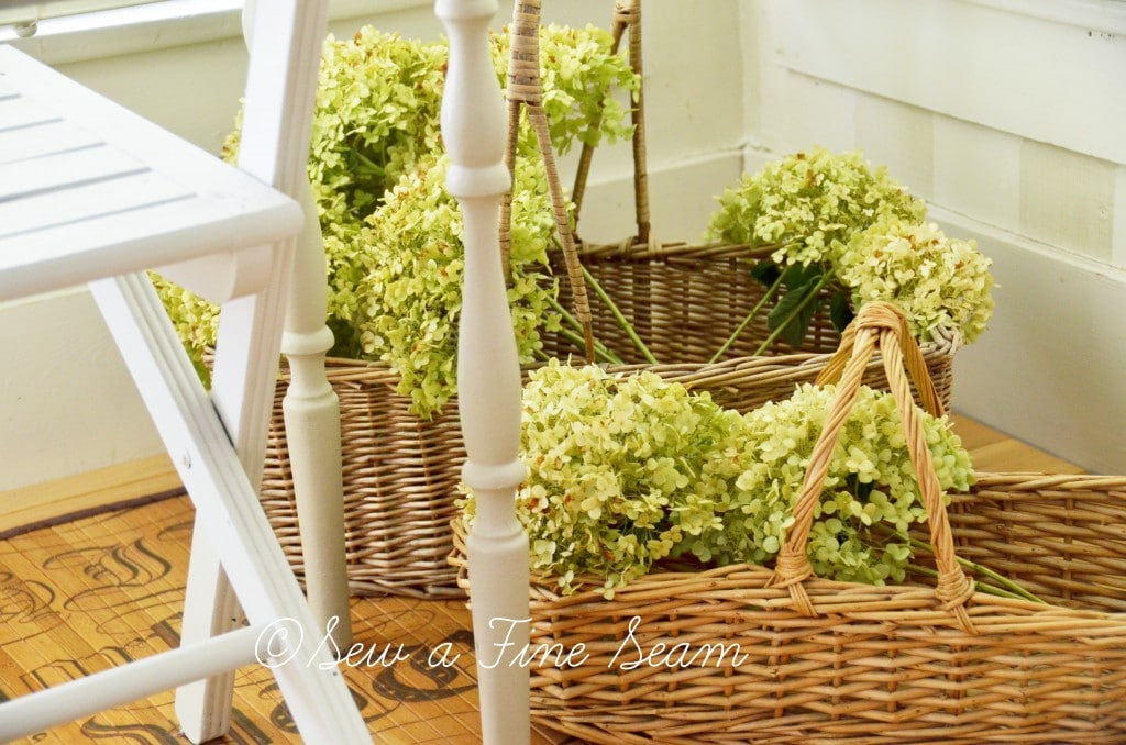 decor with flowers 8