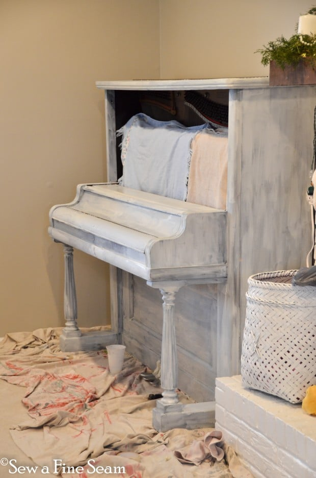milk painted piano-3