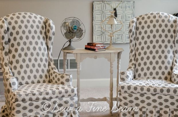 white and grey dot slipcovered chairs (5 of 5)