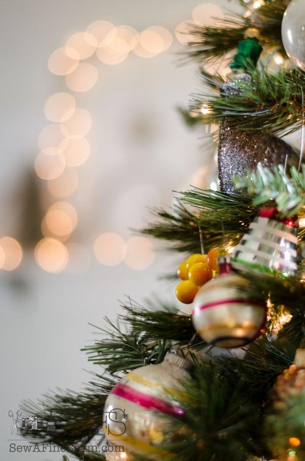christmas decor details (26 of 28)