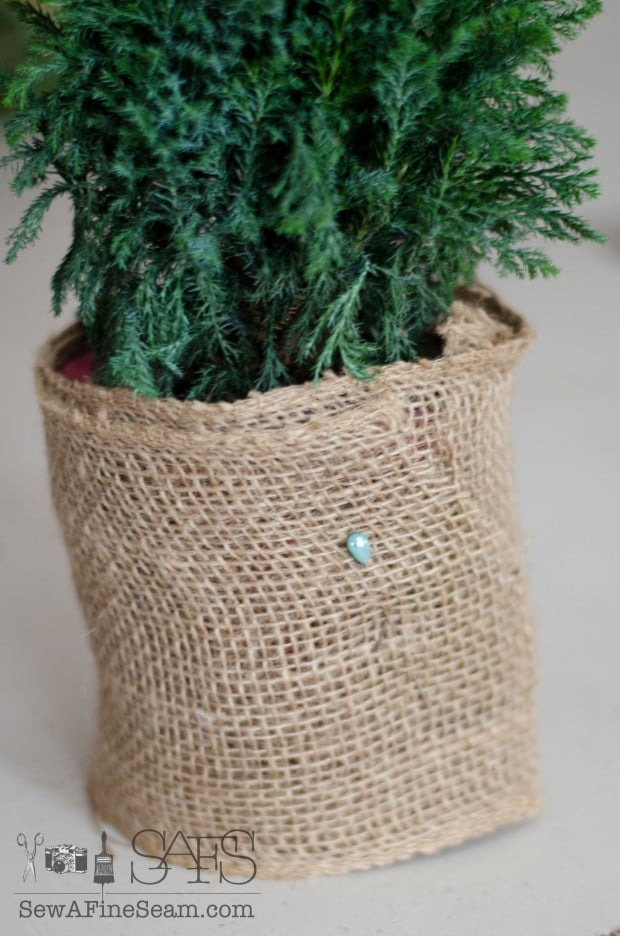 easy burlap upcycle (4 of 8)