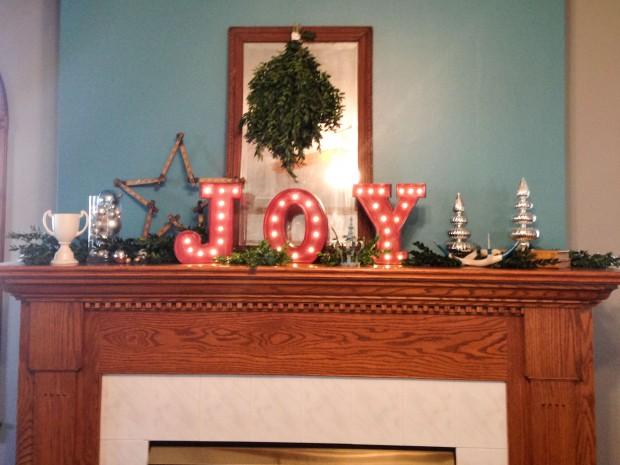 janice house christmas 2014 (1 of 13)
