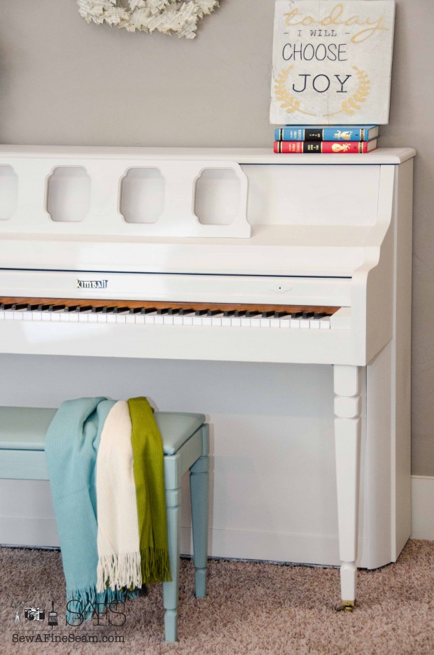 piano painted with Fusion (7 of 14)