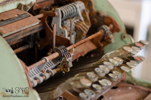 vintage cash register (8 of 8)