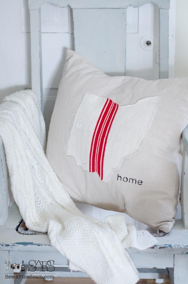 sew a fine seam pillows-1