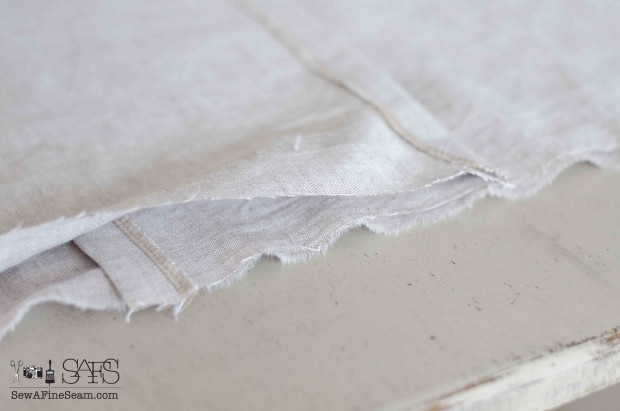 how to make a pillow with an envelope closure - tutorial