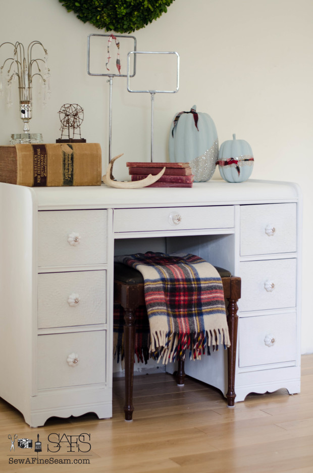plaid touches for simple and quick fall decor