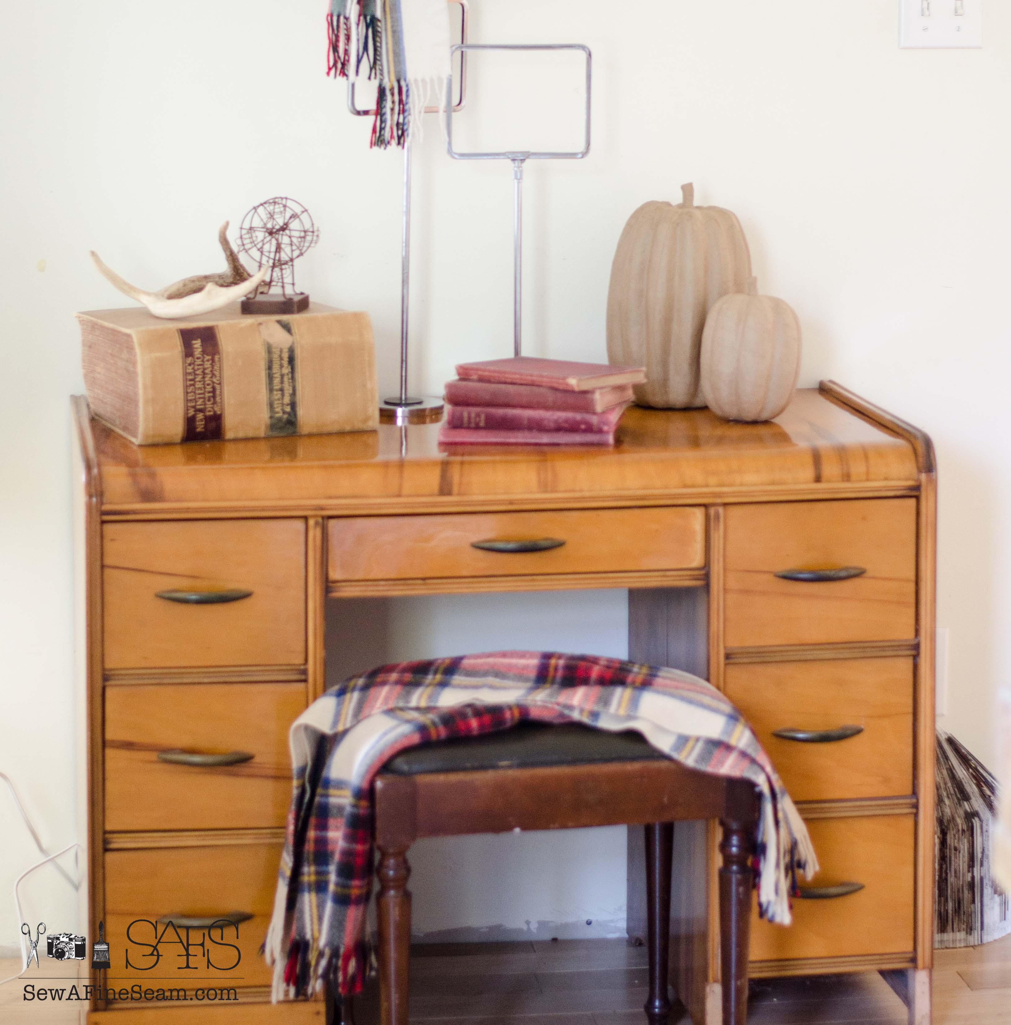 Lace Embossing a Vintage Desk   Sew a Fine Seam