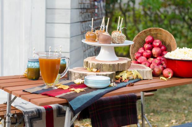 Fall picnic- caramel apples