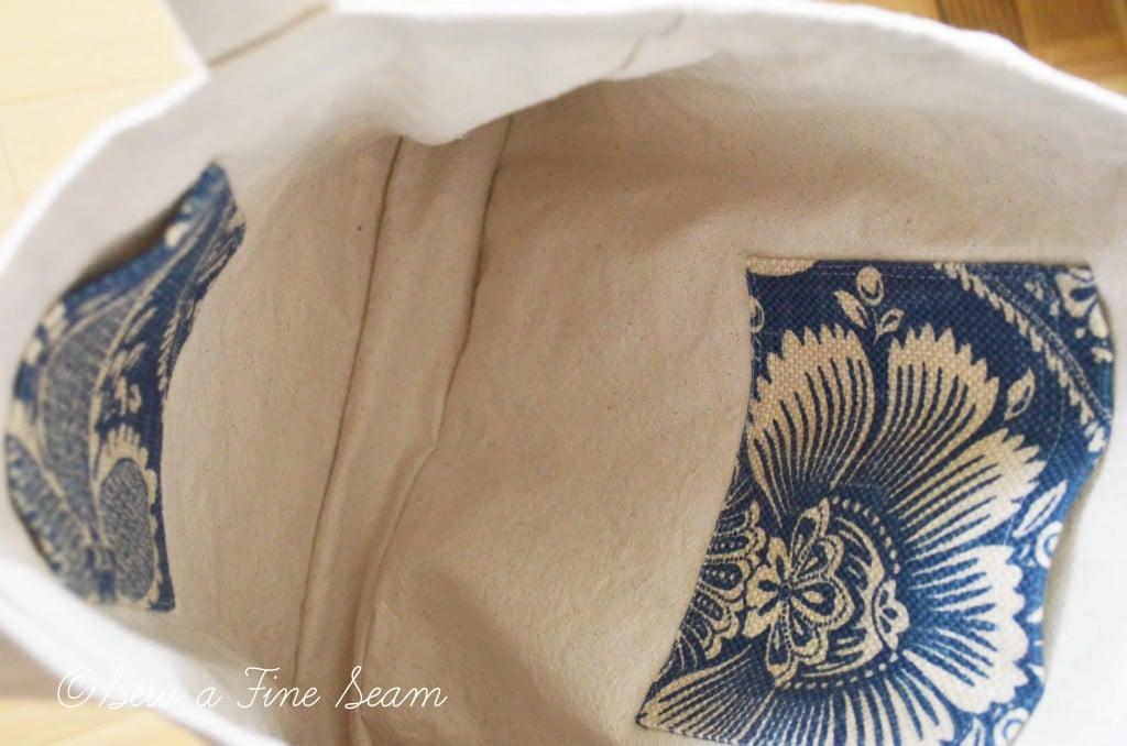 blue and cream handbag 3