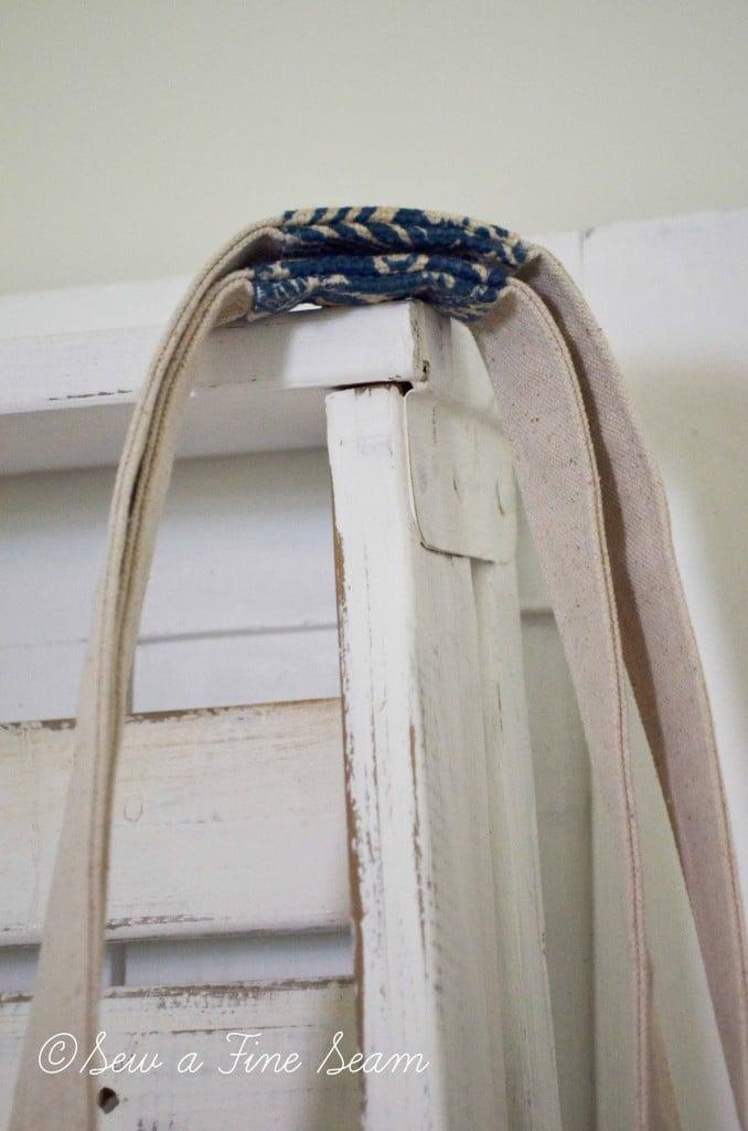 blue and cream handbag 5