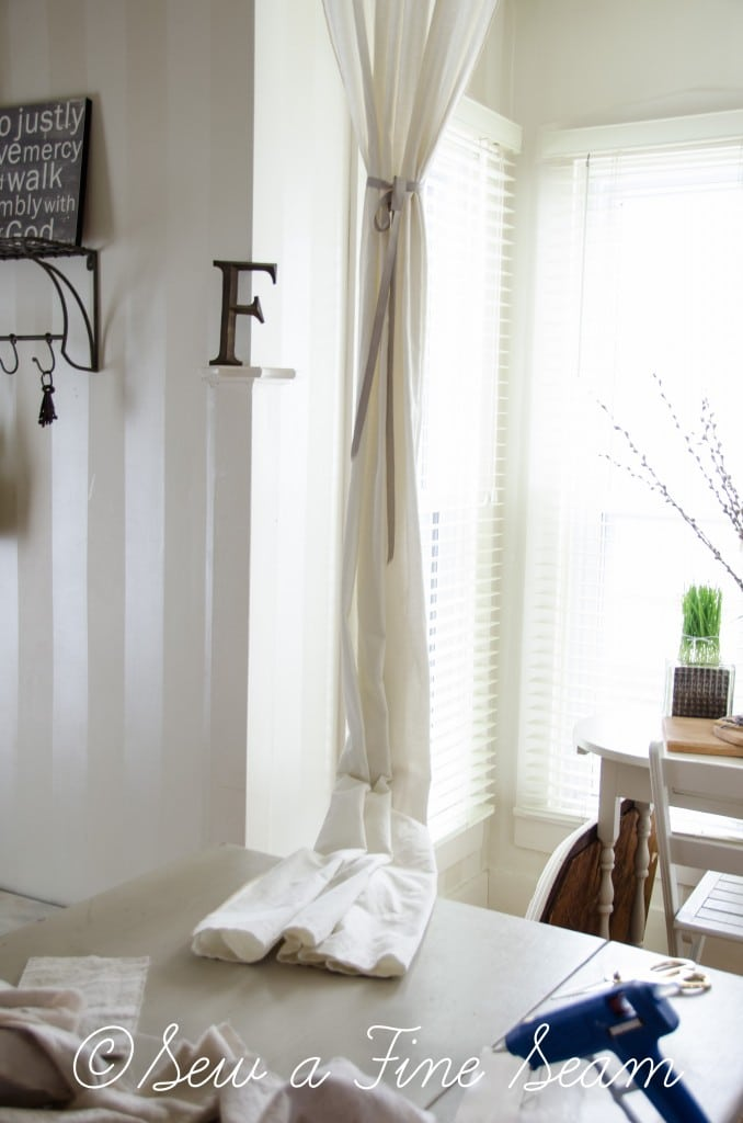 adding a ruffle to curtains-6