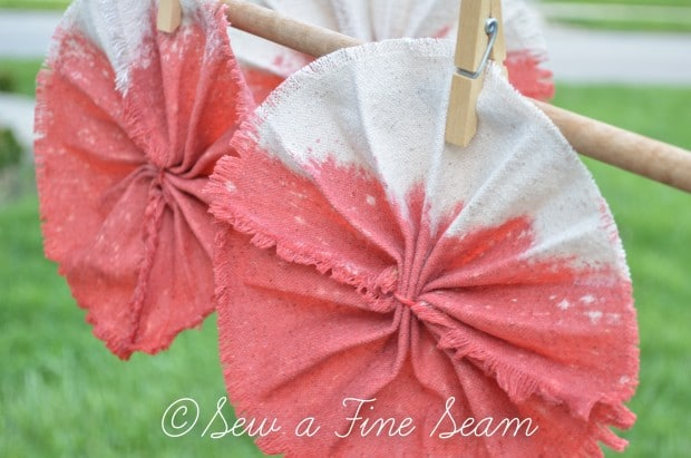 dip dyed pinwheel banner (20 of 2)
