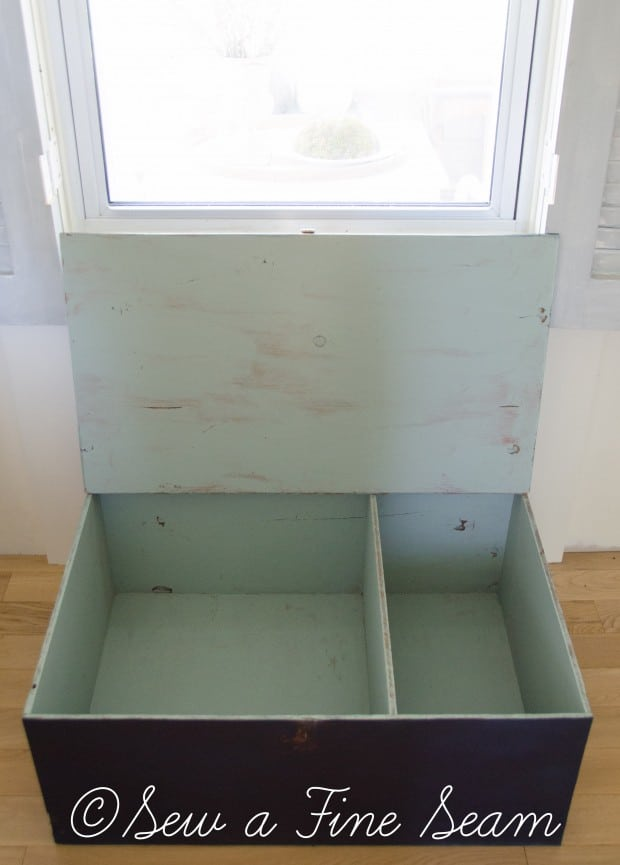 toy box in artissimo (6 of 6)