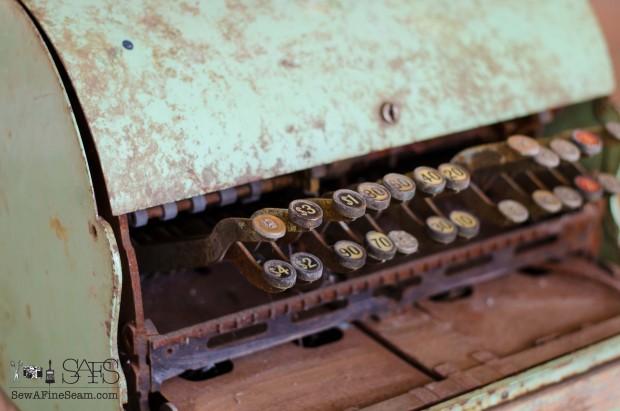 vintage cash register (1 of 8)