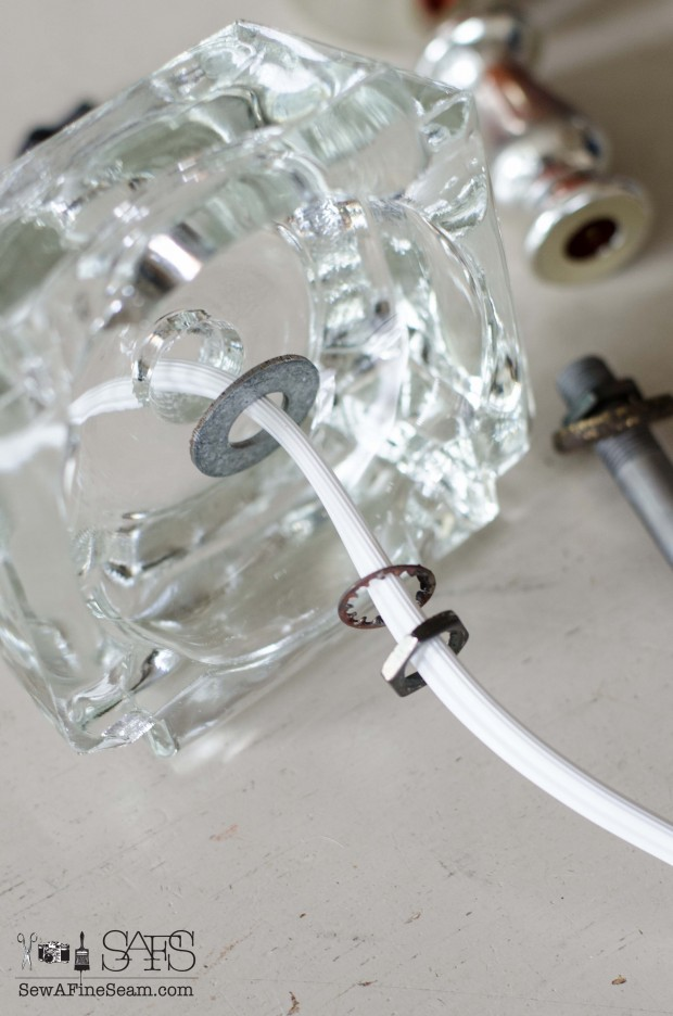 Rewiring a lamp (3 of 23)