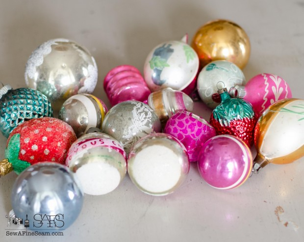 Vintage Ornaments and Earrings (3 of 8)