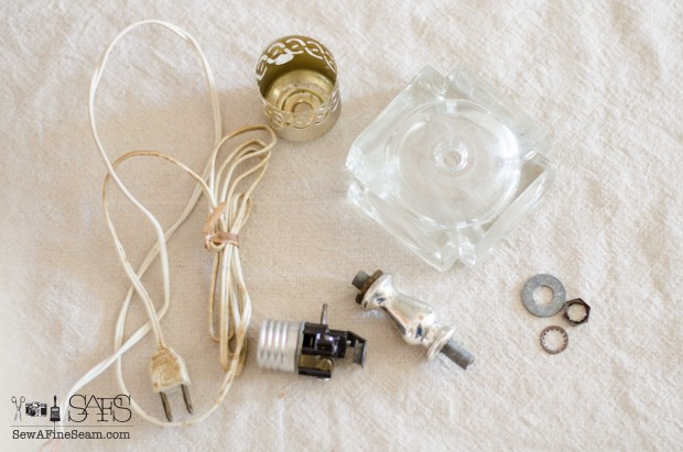 taking apart a vintage lamp (5 of 5)