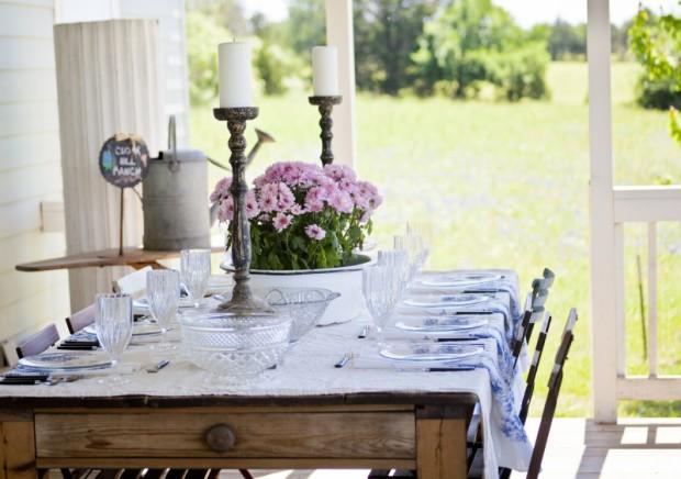 cedar hill farmhouse - dinner on the porch